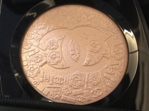 Chanel Illuminating Powder(it's sooo pretty)